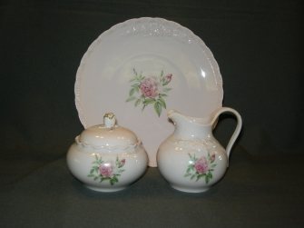 Porcelaine Rose Drache met roosdecor