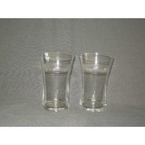 gebruikt glas / kristal 005. b 2 waterglazen, geslepen rand