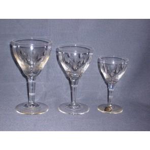 Gebruikt glas / kristal Maastricht steel O7 cm., hoogte 14,5 cm.