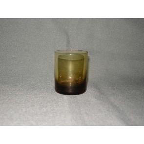 gekleurd glas 2.a borrelglaasje, doorsnee 5 cm., okergeel