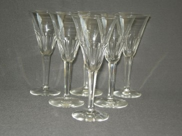 gebruikt glas / kristal glazen 001. b 6 glazen met geslepen been en facetten in kelk