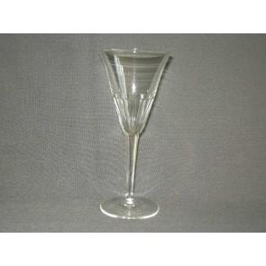 gebruikt glas / kristal glazen 001. a 10 glazen met geslepen been en facetten in kelk