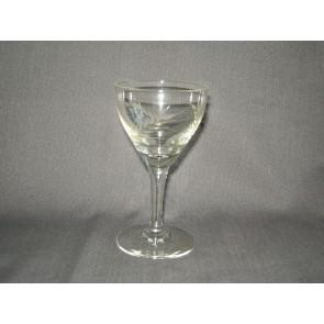 gebruikt glas / kristal 012 a. 4 glaasjes O7 cm.