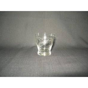 gebruikt glas / kristal glazen 012 e. 4 borrelglaasjes