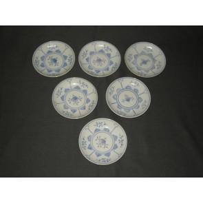 August Warnecke Friesisch Blau petit-fourbordjes