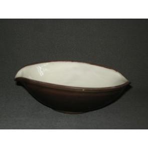 Zaalberg donkerbruin / wit schaaltje O15,5 cm.